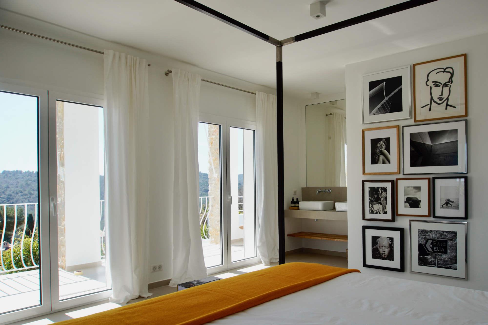 Villa d'Arte French Riviera Bedroom